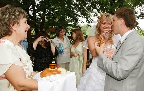 тебе поклоняюсь, як дружки просять на весілля таксисты получат